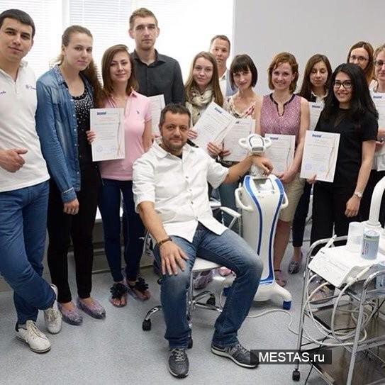 Стоматологическая клиника Дентикюр - фотография №2